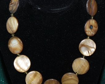 Flat mother of pearl beaded necklace
