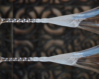 Floral Glasses, Wedding Flutes Set, Mr and Mrs Wedding Glassware, Personalized Wedding Wine Glasses, Reception Glasses, Anniversary Glasses