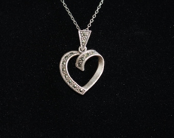Vintage Necklace with Pendant - Necklace with Open Heart Pendant in Sterling Silver (925)