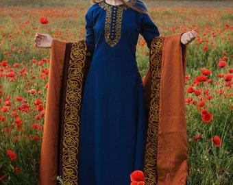Medieval  vinous wool cloak.