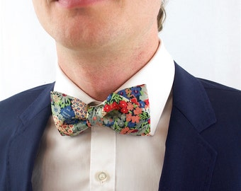 Bow tie in Liberty flourished, pre-noue and adjustable, multi-color