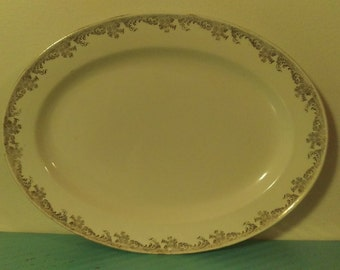 Vintage Edwin M. Knowles China Co. 22 Karat Gold Made In America Hostess Shape Plate 1937