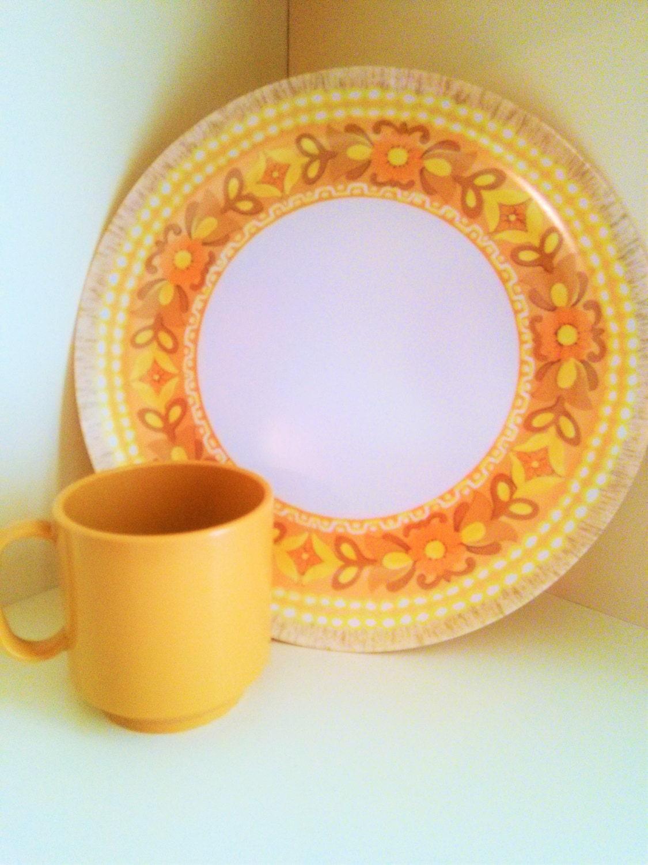 Vintage 14 Piece Oneida Melamine Dinnerware Picnic Dining  sc 1 st  Castrophotos & Picnic Dinnerware - Castrophotos