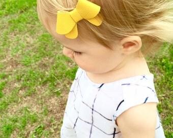 "Lemon yellow leather ""Helen"" bow - small - headband - alligator clip"