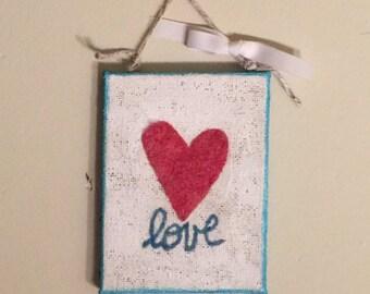 Heart Valentine/Wedding Love Needle Felted Wall Hanging Decoration