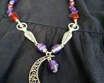 Purple Moon collana necklace Dea Goddess Luna Moon redtent amethyst viola purple rosso red femminino feminine sangue blood misteri misteries