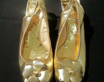 1960s Gold Lamé Slingbacks