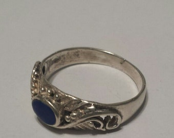 Sterling Silver .925 Ring With Lapis Lazuli