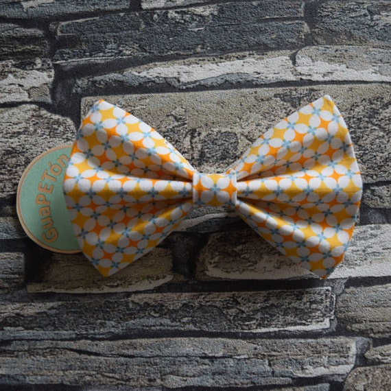 """Bow Tie Bowtie """"Granny Tiles Yellow"""" for dogs, cats or other pets, white yellow blue vintage pattern"""