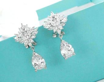 Crystal cluster earrings, Bridal jewelry, Crystal wedding earrings, Crystal drop earrings, CZ earrings, Bridesmaid earrings 11386