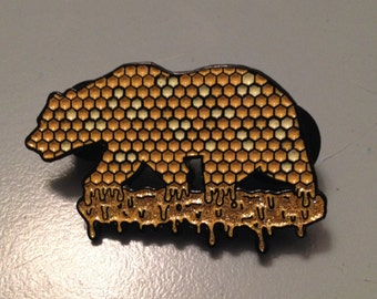 California Dab Bear pin
