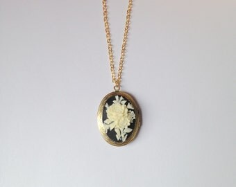 Flowers Cameo Locket Necklace.