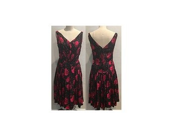 1950s Robert Morton Black, Pink, Red, Fuchsia Floral Print V Neck Silk Dress with Gathered Waist