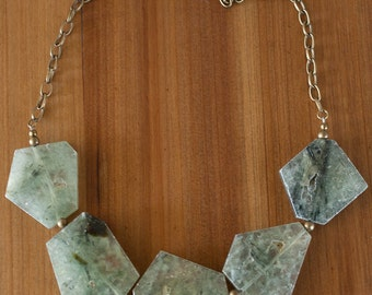 Chunky Green Prehnite Stone Necklace, Natural Stone Necklace, Geometric Stone Necklace, Stone Statement Necklace, Green Gemstone Necklace