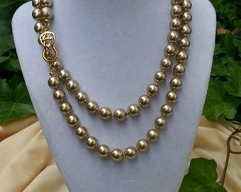 """Vintage 17"""" Kenneth Lane Glass/Bead Pearl Necklace."""