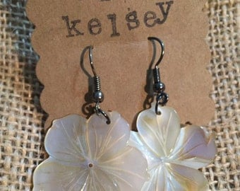 Luau Hibiscus Earrings