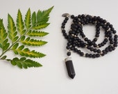 Gemstone Necklace - Onyx and Matte Black Bead
