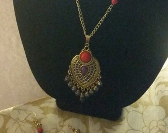 moroccan red dot necklace