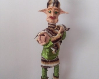 Goblin puppet moving mouth and hat