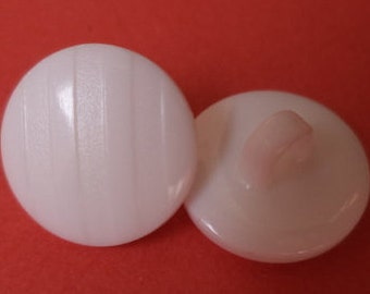 10 small buttons 11mm white (922) button