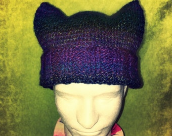"""Dummy's Knitty Kitty """"Get a Blue"""" Hat"""