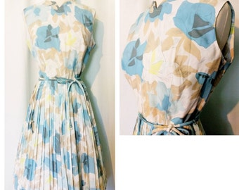Stacy Ames Blue/Tan/White/Chartreuse Floral Dress With Pleated Skirt
