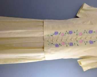 Vintage HALMODE PETITES 1980s yellow embroidered pleated skirt dress 10/12