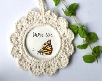 Papillon monarque, cadre crocheté, illustration, aquarelle, mononos