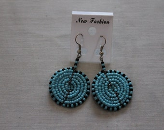 Turquoise and Black Disc Shaped Beaded Earring