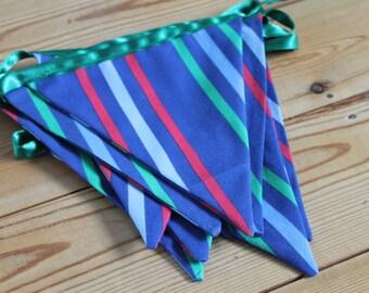 Blue stripe bunting