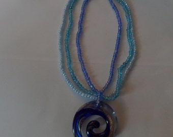 beaded mutlicolor blue necklace