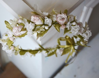 Flower crown with silk roses. Statement Flower Headpiece, Floral Brides Crown. Hair accessory