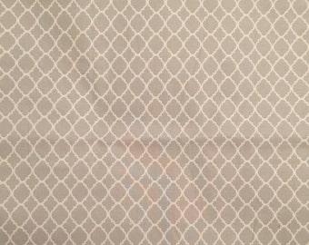 Gray Quatrefoil table napkins