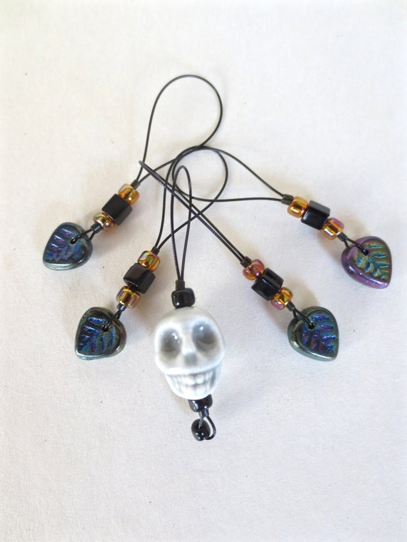knitting stitch markers / skull / halloween gift / row counter tool / snag free stitchmarkers / spooky hip cool / popular knitter gift tool