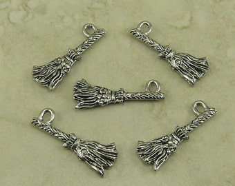 5 Broomstick Charms > Broom Stick Harry Potter Nimbus 2000 Quidditch Witch  Raw Lead Free Pewter Silver American Made I ship Internationally