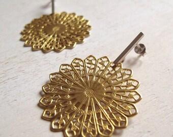 statement earrings, sterling silver contemporary jewelry, romantic earrings, brass filigree, handmade jewelry, studs earrings, iomiss