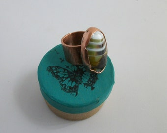 Hammered copper ring with big multi color agate cabochon, size 8.5 US - copper jewelry - copper ring