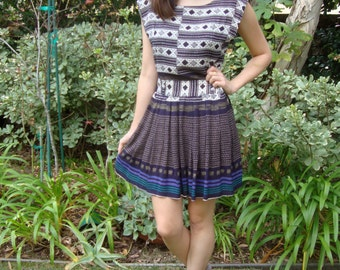 Vintage Ethnic Print Rayon Mini Dress with Cut-Out Back S