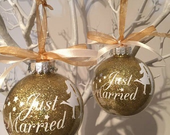 Just Married Christmas Bauble