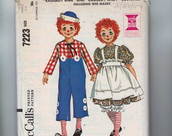 1960s Vintage Sewing Pattern McCalls 7223 Boys Girls Childs Raggedy Ann Andy Doll Costume Wig Size Smalls 2 4 Chest 21 22 60s 1964 UNCUT