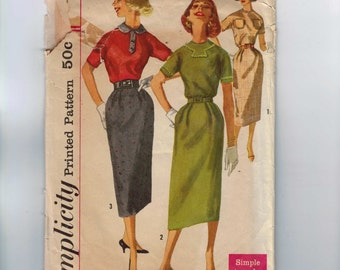 1950s Vintage Sewing Pattern Simplicity 2139 Juniors One Piece Dress with Slim Skirt Size 13 Bust 33 50s