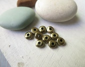 mini  pewter heishi nugget  beads  , small 5mm rondelle oxidized antiqued brass plated spacer , metal casting  20 beads / 6aT-0435-27