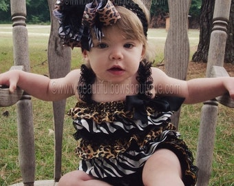 Cake Smash Outfit,Baby Girl Clothes,Leopard Petti Romper,Baby Girl Rompers,1st Birthday Outfit,Leopard and Zebra Baby Romper,Ruffle Rompers