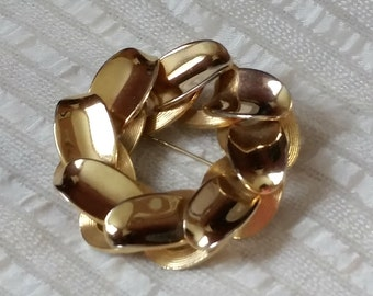 Bold 1950s Chunky Circle Pin, curb link back, 3D texture heavy metal style, statement costume jewelry brooch
