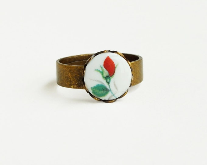 Small Rose Ring Vintage Cameo Ring Red Rose Jewelry Tiny Victorian Floral Limoge Antique Brass Long Stem Rose Cute Gift For Her