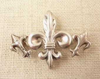 SALE --- Antique Sterling Triple Fleur de Lis Brooch for Crafting or Repair