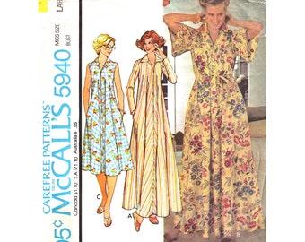 1970s Vintage Caftan Pattern McCalls 5940 Zipper Front Housedress & Robe Side Pockets Collar Size 18 20 Women Sewing Pattern UNCUT