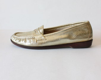 Vintage SAS Metallic Gold Leather Penny Loafers, size 9