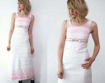 SALE...60s dress. white maxi dress. 60s wedding dress. pastel pink bow dress - xxs, xs