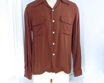Vintage 40s Shirt Men's - 1940s Chocholate Gab Shirt Top Loop Top Stitch Flap Pockets M - on sale